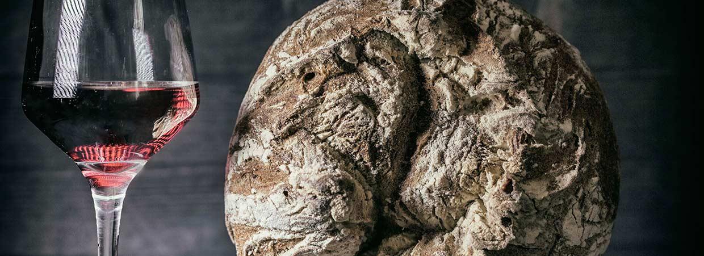 Morello Legnano - Slider Home, Calice vino e pane